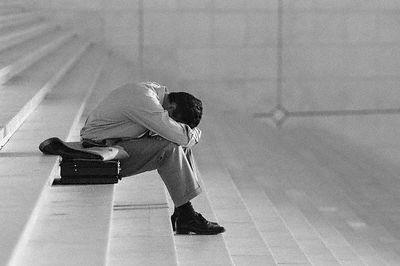 Por Que Sofremos Tanto?